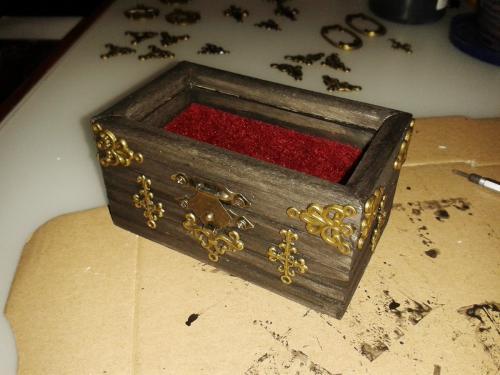 alex box 04