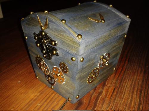 sarah box 03